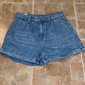 American Eagle outfitters high waisted mom shorts!